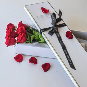 LONG STEM ROSES GIFT BOX