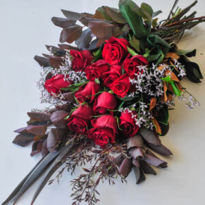 1/2 DOZEN LONG STEM ROSES BOUQUET